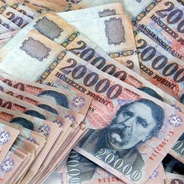 A pénzzel való gazdálkodás életen át tartó tanulást jelent