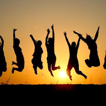 Már 100 ezer fiatal munkába állását segítette az Ifjúsági garancia program