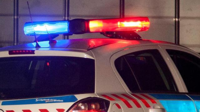 Öngyilkos életét mentették meg a rendőrök