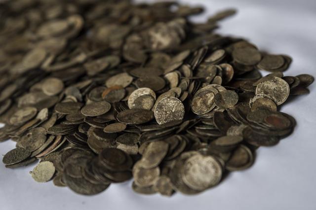 Különleges kincsek kerültek elő a Dunából Érdnél