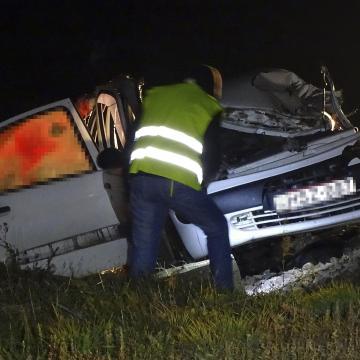 Többen meghaltak balesetben egy székkutasi vasúti átjáróban