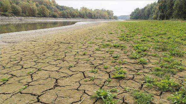Újabb alacsony vízállási rekordok dőltek meg