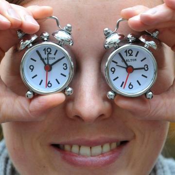 Vasárnap óraátállítás – Kezdődik a téli időszámítás