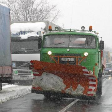 Somogyban 1689 km út hó- és síkosságmentességéről gondoskodik a Magyar Közút