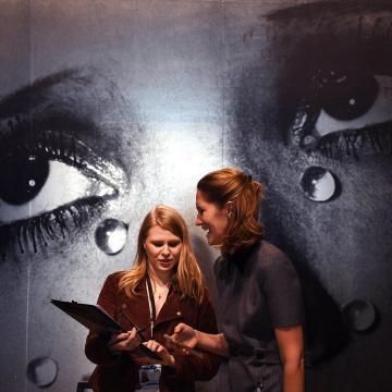 Man Ray munkáiból nyílik kiállítás a Modemben