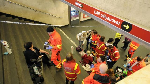 Elfogták a 2-es metrón gázspray-vel fújó férfit