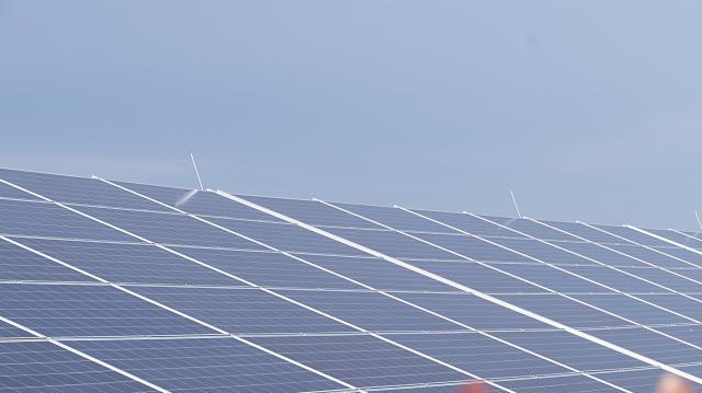 Energiatárolókat telepít Kecelen és Zsombón a Nemzeti Közművek