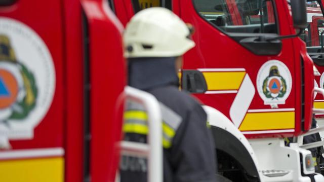 Kigyulladt egy autószerelő műhely raktára Sopronban