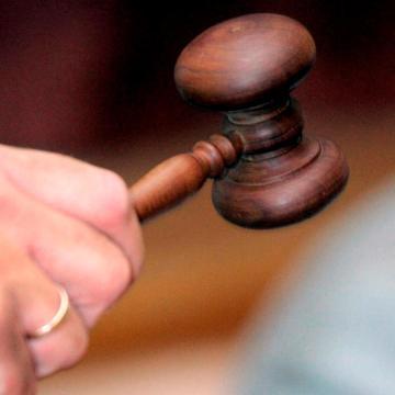 Megpróbáltak elrabolni egy nőt Pécsen, vádat emeltek ellenük