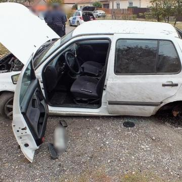 Ellopta ismerőse kocsiját, majd összetörte