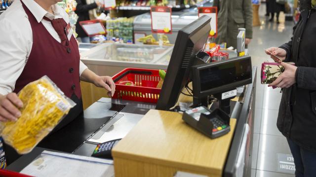 Kevésbé érzik megterhelőnek a karácsonyi bevásárlást a magyarok