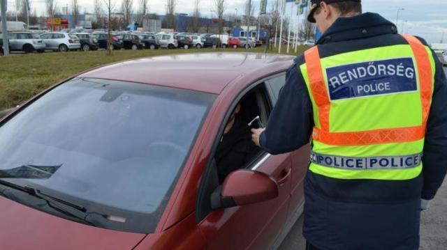 Kiemelt akciót tart a rendőrség az utakon