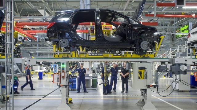 Nagyon jó bérmegállapodást sikerült kötni a Mercedes-szel a szakszervezeti vezető szerint