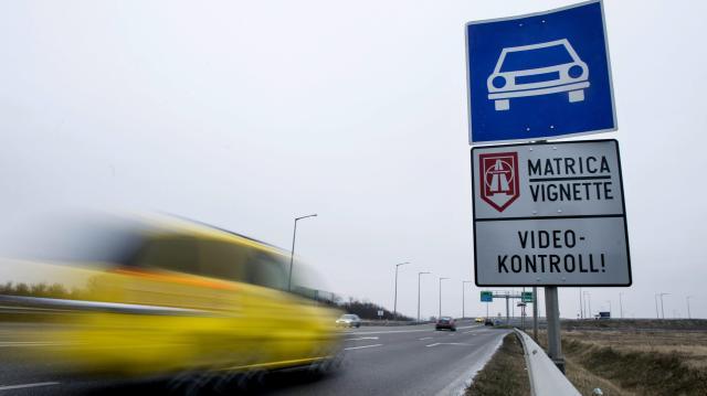 Bővült a fizetős úthálózat, új szabályok is életbe léptek