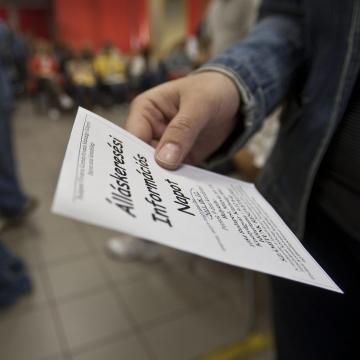 Ismét mélységi rekordon a munkanélküliség