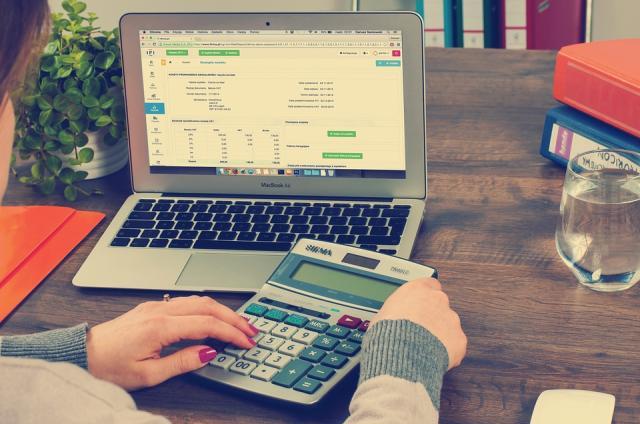 Jövőre is folytatódik az adócsökkentés