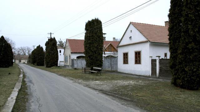 Lakhatási, közlekedési és közszolgáltatási fejlesztésekre koncentrál a Magyar falu program