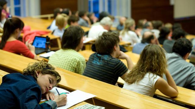 Már lehet jelentkezni a szeptemberi felsőoktatási képzésekre