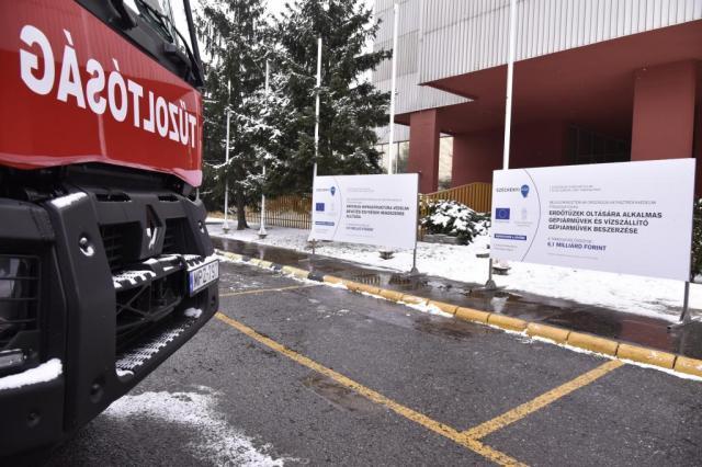 Speciális járműveket kaptak térségünk katasztrófavédői