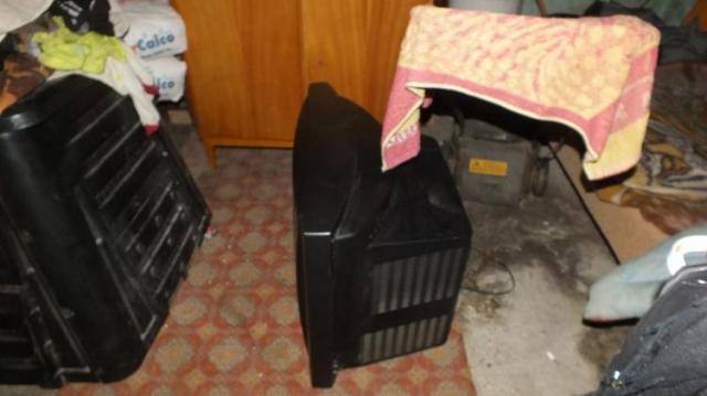 Tévét és szerszámgépeket vitt a betörő Mozsgón