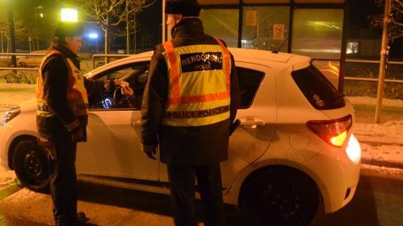 Több mint 1200 autósból 13-at büntettek meg