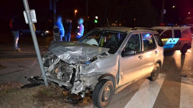 Bedrogozott és ittas sellyei autós miatt sérült meg egy nő