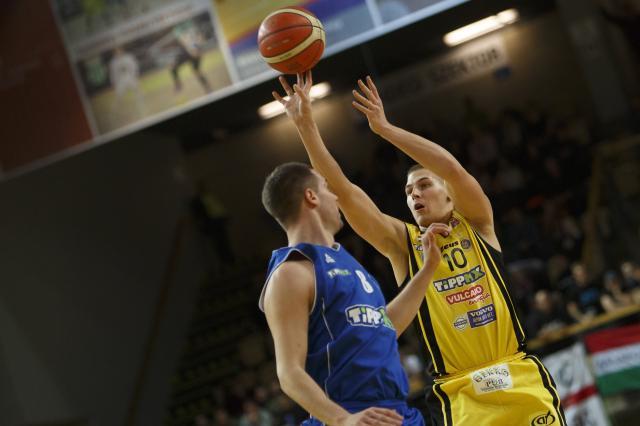 Szoros meccsen nyert a Falco a Sopron ellen
