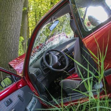 Új, digitális kárbejelentője indult a kötelező gépjárműbiztosítások esetében