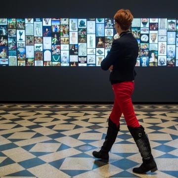 Átadták a világ legnagyobb múzeumi LCD falát a Szépművészetiben