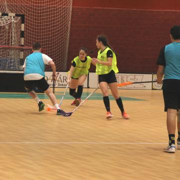 Diákolimpiai döntőre utaznak a floorballosok