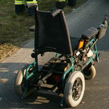 Elütöttek egy kerekesszékkel közlekedő férfit Egerben
