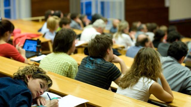 Több mint 300 felsőoktatási fejlesztés valósul meg 280 milliárdos forrásból