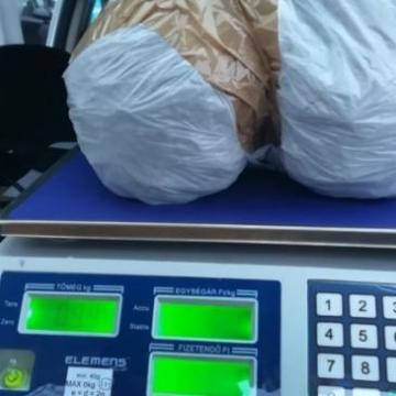 Elfogtak három külföldi kábítószer-kereskedőt a fővárosban