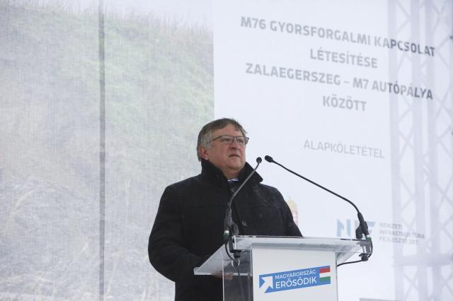 Folyamatosan bővül és megújul Magyarország úthálózata