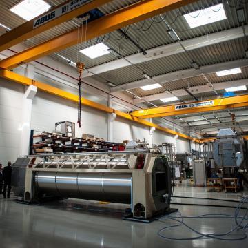 A Hauni 5,7 milliárd forint értékben fejleszti pécsi üzemét