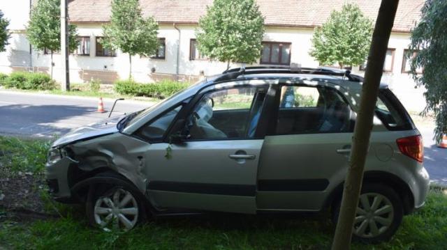 Bódultan vezetett, balesetet okozott