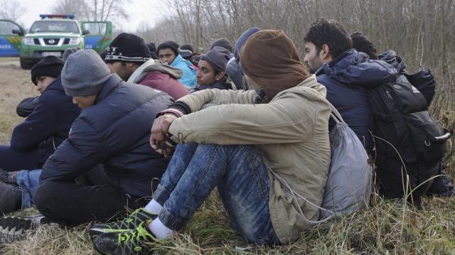 Átadták a gyulai vasútállomáson elfogott határsértőt a román hatóságnak