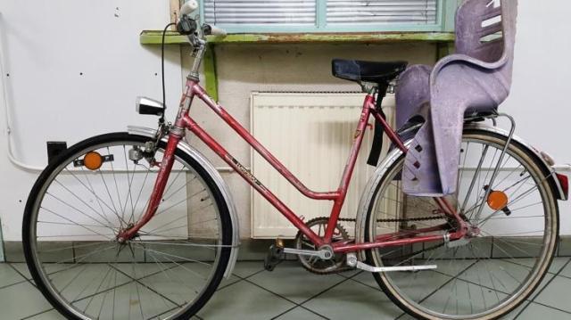 Biciklit lopott, elfogták