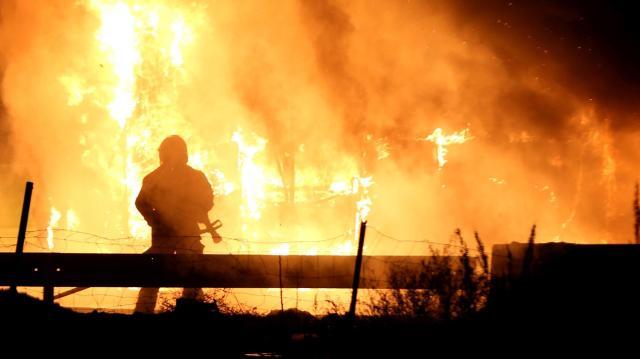Holttestet találtak a tűzoltók egy kecskeméti ház udvarán