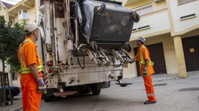 Hulladékszállító járműveket vásárol a pécsi önkormányzat