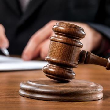 Kiskorút megerőszakoló férfi ellen emeltek vádat Komárom megyében