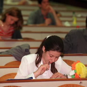 Péntekig lehet jelentkezni a szeptemberben induló felsőoktatási képzésekre