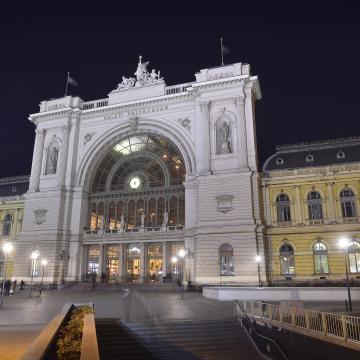 A Pécsről, Győrből, Szombathelyről utazókat is érinti majd a Keleti lezárása