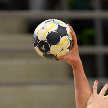 Elképesztő végjáték, kapusa két góljával nyert otthon a Vác