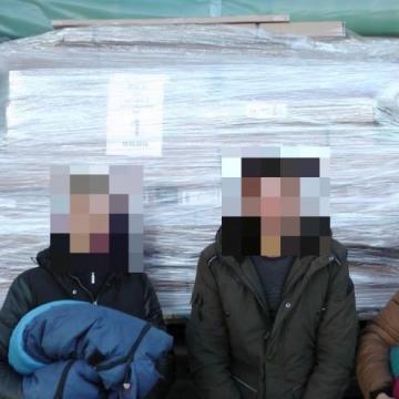 Három migráns a rakományban
