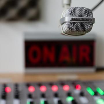 Milliós támogatás kaptak helyi rádiós műsorok