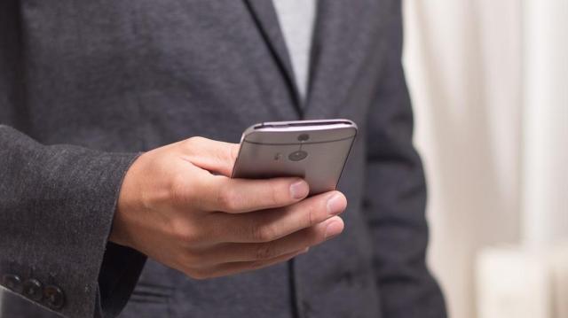NAV: március 18-ig akár sms-ben is kérhető az szja-bevallási tervezet postázása