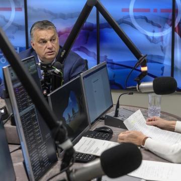 Orbán Viktor: Az embereknek joguk van tudni, mire készül Brüsszel