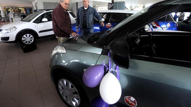 Sokkal több család vehet új autót a kormány autóvásárlási programja segítségével