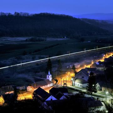Több mint 2000 települést érint a falusi csok - VIDEÓ